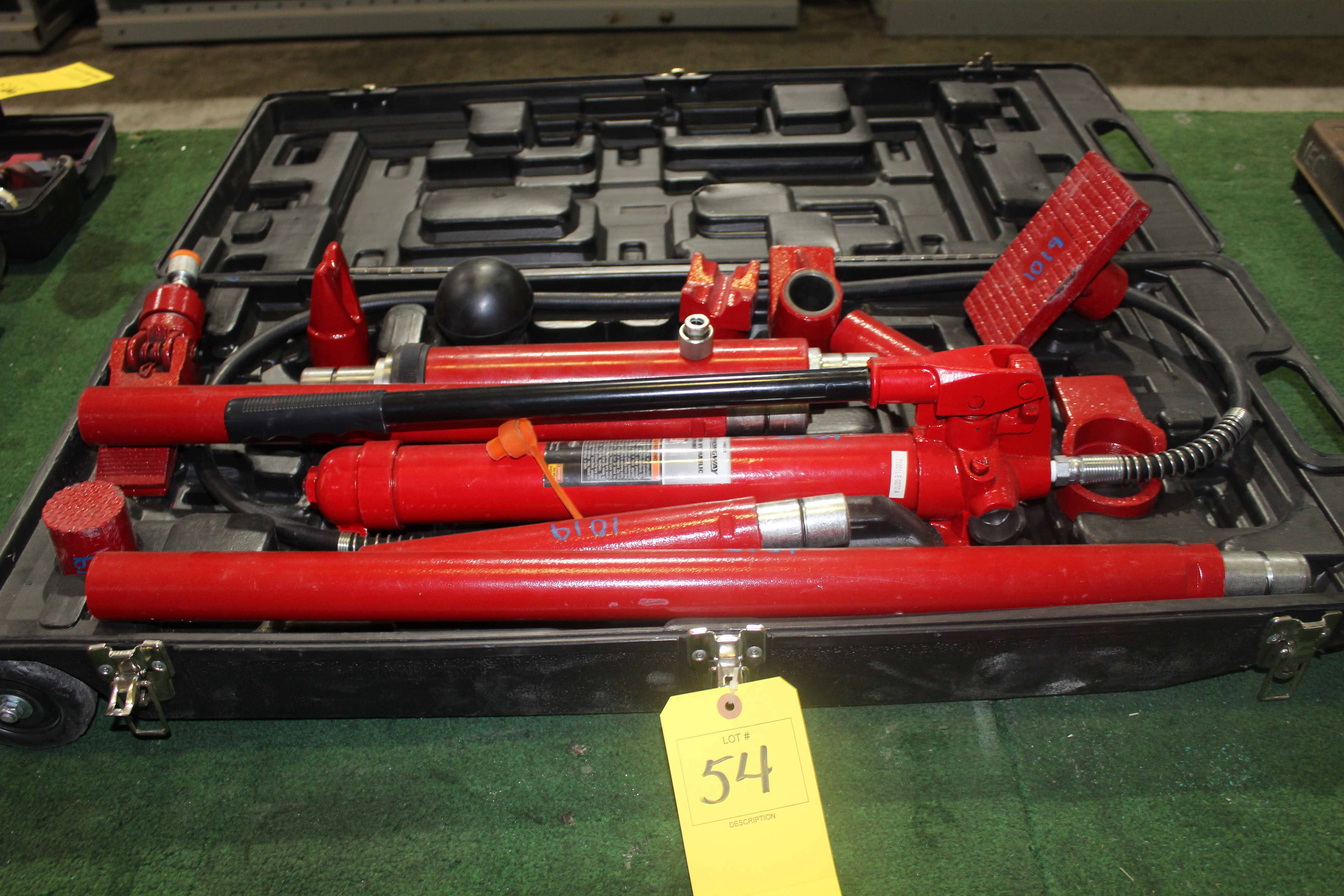 Lot 54 - HYDRAULIC RAM PUMP, STRONGWAY 10 T. CAP, w/tooling & case