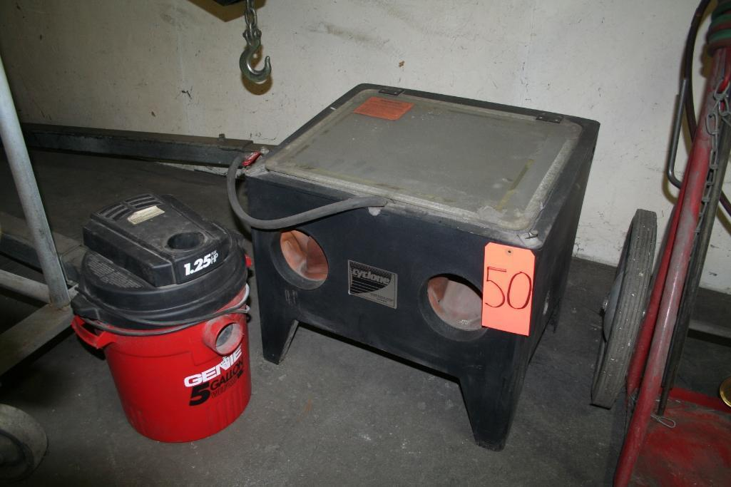 Cyclone Blast Cabinet with Shop Vac Collector - Image 3 of 3