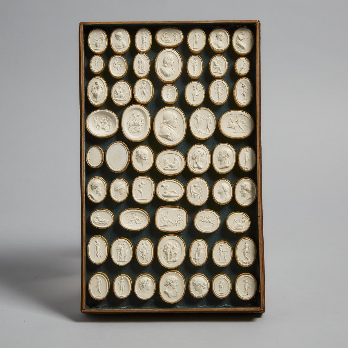 Cased Set of Italian Plaster Intaglio Medallions by Pietro Bracci, Rome, late 18th/early 19th centur - Image 4 of 7