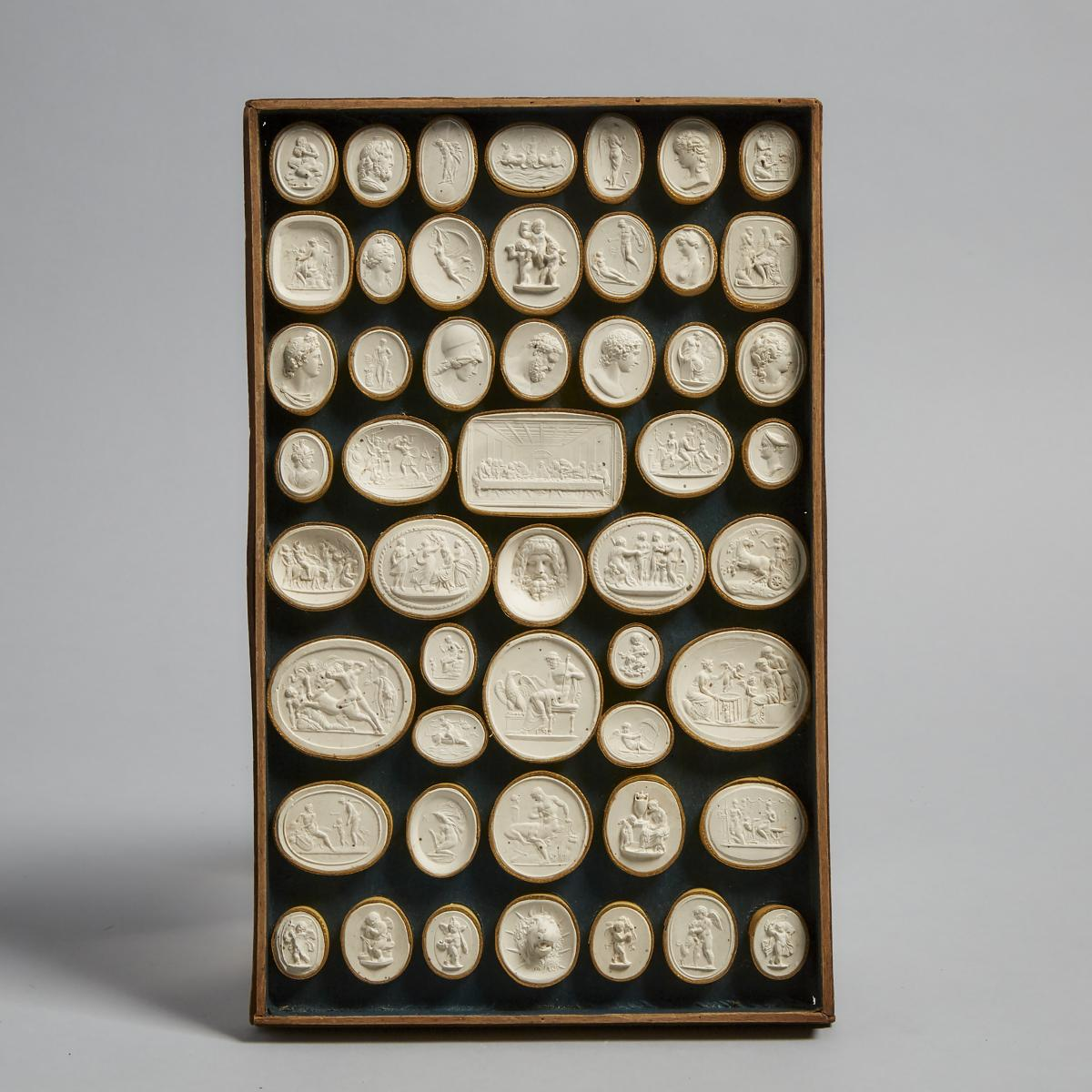 Cased Set of Italian Plaster Intaglio Medallions by Pietro Bracci, Rome, late 18th/early 19th centur - Image 5 of 7