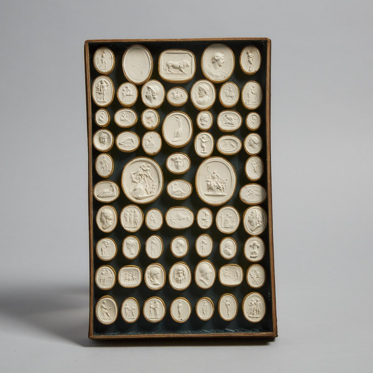 Cased Set of Italian Plaster Intaglio Medallions by Pietro Bracci, Rome, late 18th/early 19th centur - Image 3 of 7