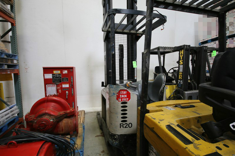 Lot 25 - CROWN Stand Up Forklift, Model RD5220, S/N 1A321730, Long Reach Fork Extenders, Side Shift