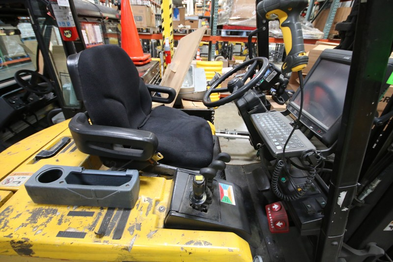 Lot 2 - YALE, 3 Stage Mast Forklift, Model ERC060, S/N E108V08483V, 4,600lbs Capacity, 187.8 inch Load