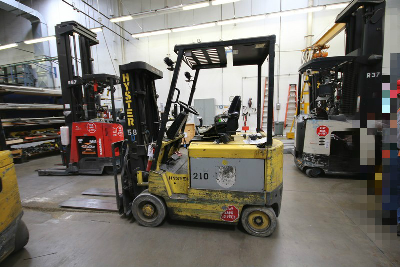 Lot 13 - HYSTER, 3 Stage Mast Forklift, Model E50XL, 3,700lbs Capacity, S/N C108V21226R, Equipped with