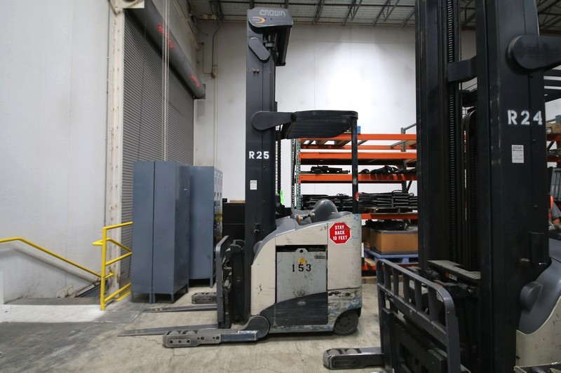 Lot 19 - CROWN Stand Up Forklift, Model RD5220, S/N 1A321880, Long Reach Fork Extenders, Side Shift