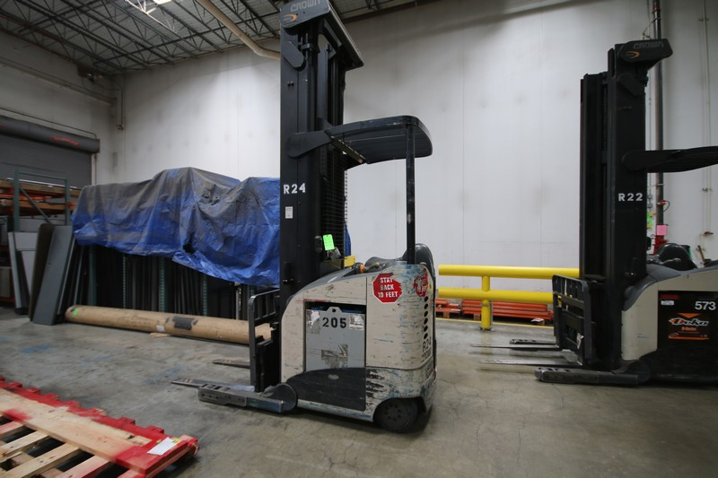 Lot 22 - CROWN Stand Up Forklift, Model RD5220, S/N 1A321882, Long Reach Fork Extenders, Side Shift