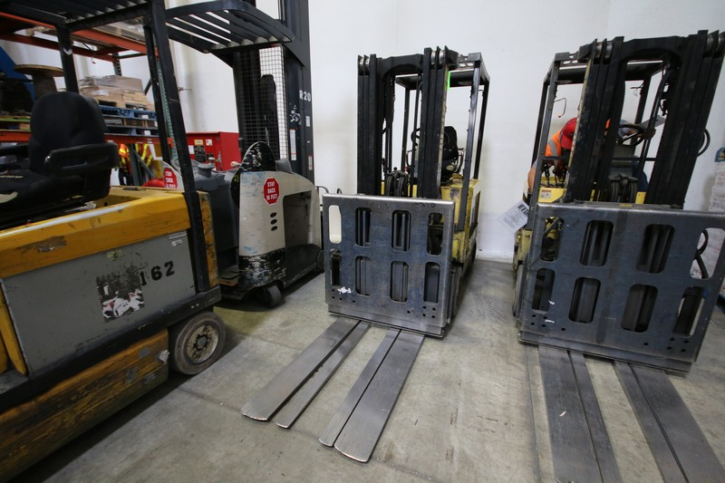 Lot 4 - HYSTER, 3 Stage Mast Forklift, Model E50XM, S/N C108V21228R, 3,700lbs Capacity, Equipped with