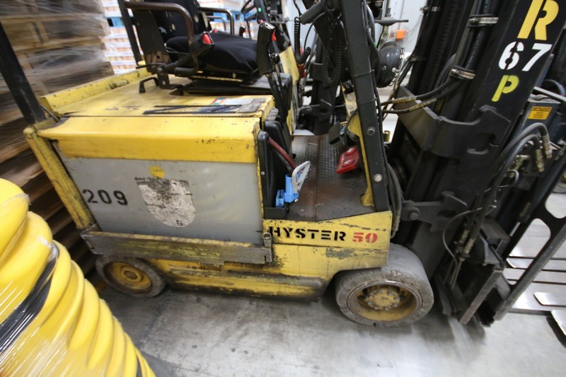 Lot 8 - HYSTER, 3 Stage Mast Forklift, Model E50XM, S/N C108V21200R , 3,700lbs Capacity, Equipped with LORAN