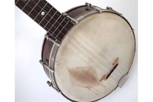 Gibson UB2 Banjolele or Ukulele Banjo with fourteen fret neck, 55cm