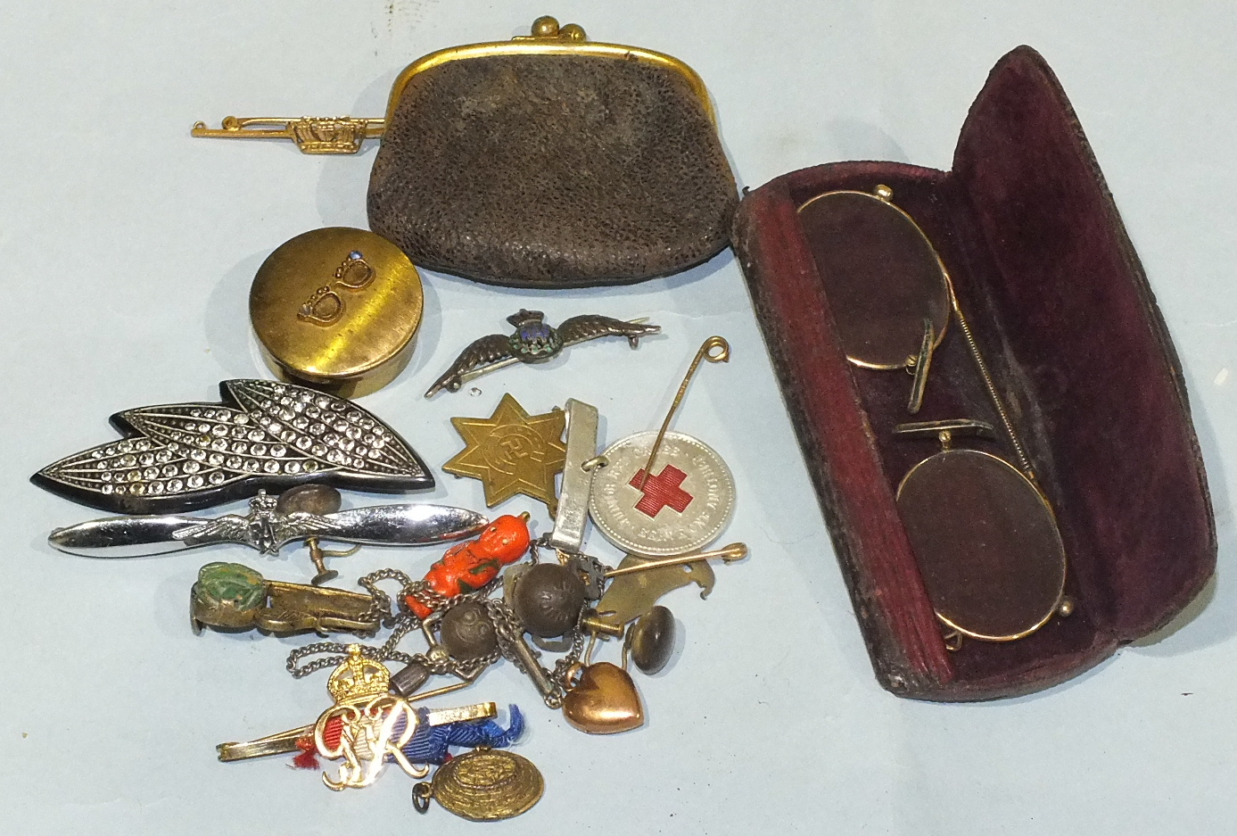 Lot 208 - A 9ct gold naval coronet brooch with metal pin, a pair of pince nez and other items.