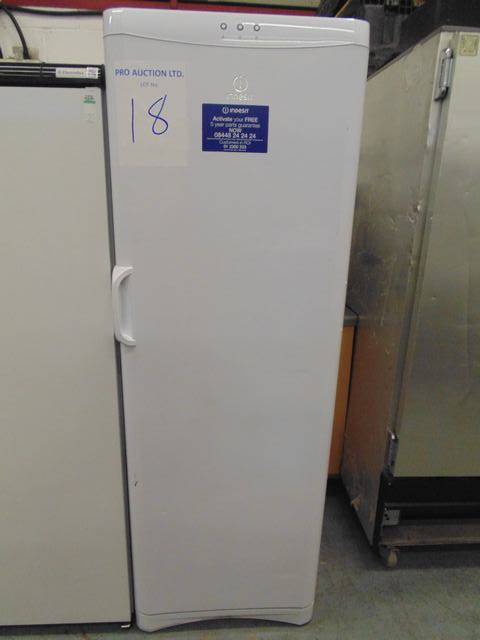 Lot 18 - Indesit UFAN400 tall freezer 238 litre net capacity 600mm x 650mm x 1750mm