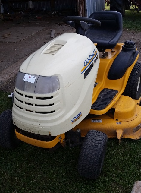 Cubcadet lt1024 hydrostatic drive series 1000 w 50 inch deck lot 12a cubcadet lt1024 hydrostatic drive series 1000 w 50 inch deck riding freerunsca Images
