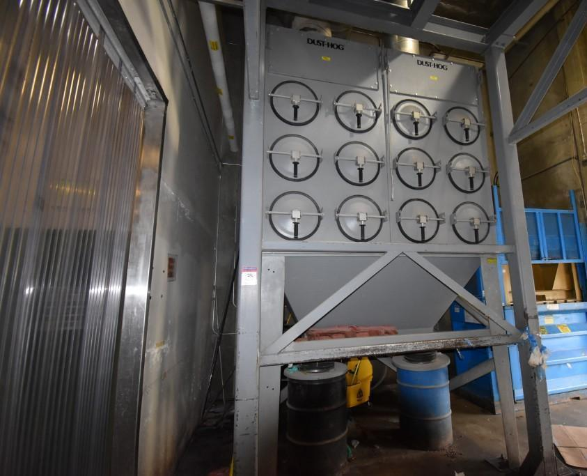 Lot 5 - United Air Specialist Dust Hog Dust Collector