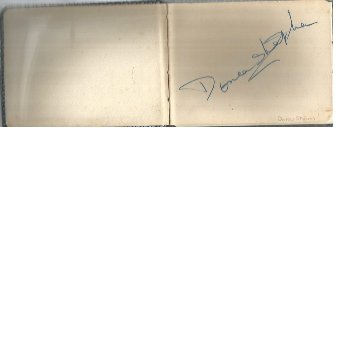 Lot 9 - Vintage autograph book with 5 signatures. Doreen Stephens, Max Bacon, Billy Cotton, Pauline North,