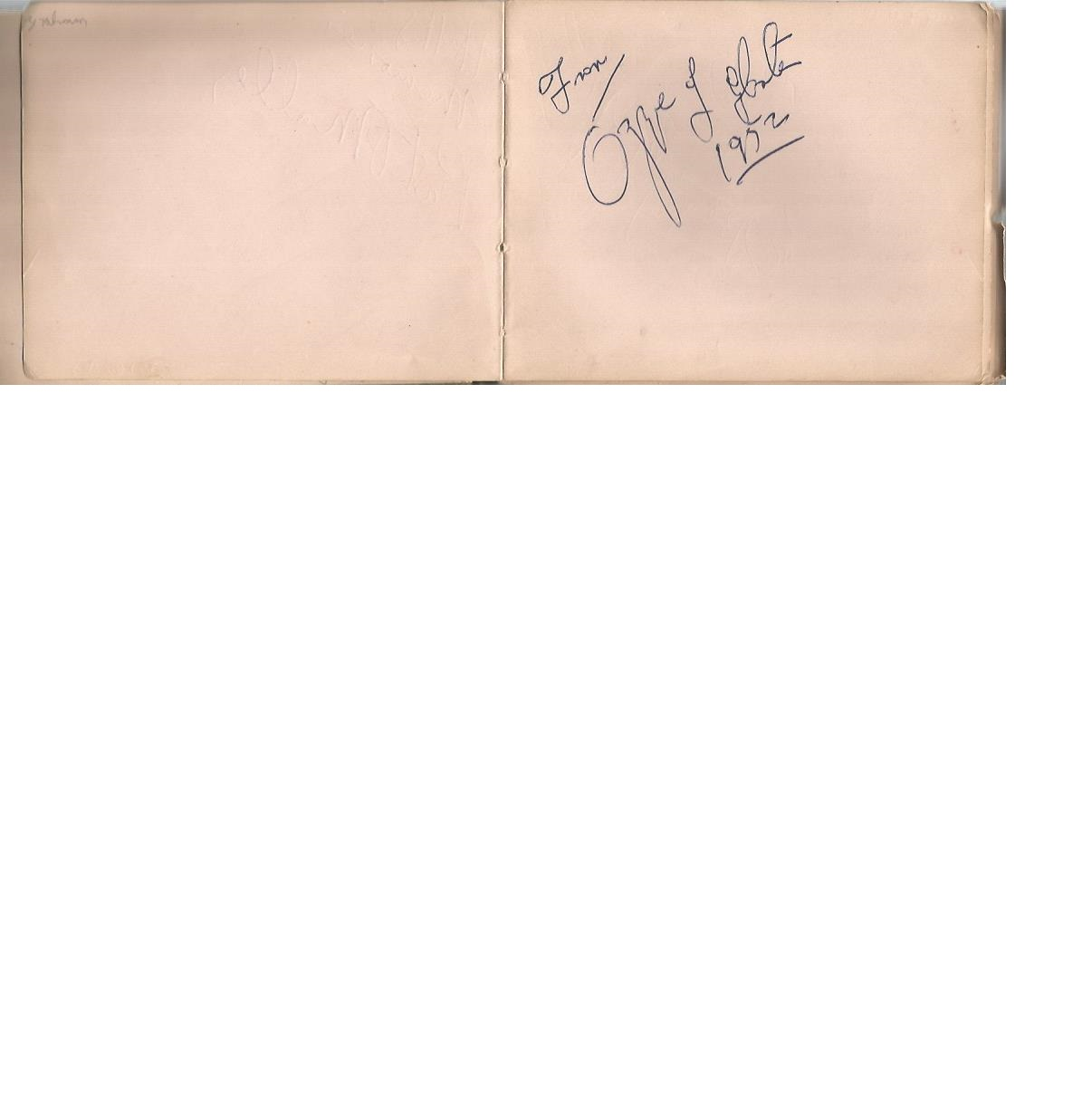 Lot 8 - Small vintage autograph book with 30+ signatures. Amongst the names are Syd Seymour, Pat O'Malley,