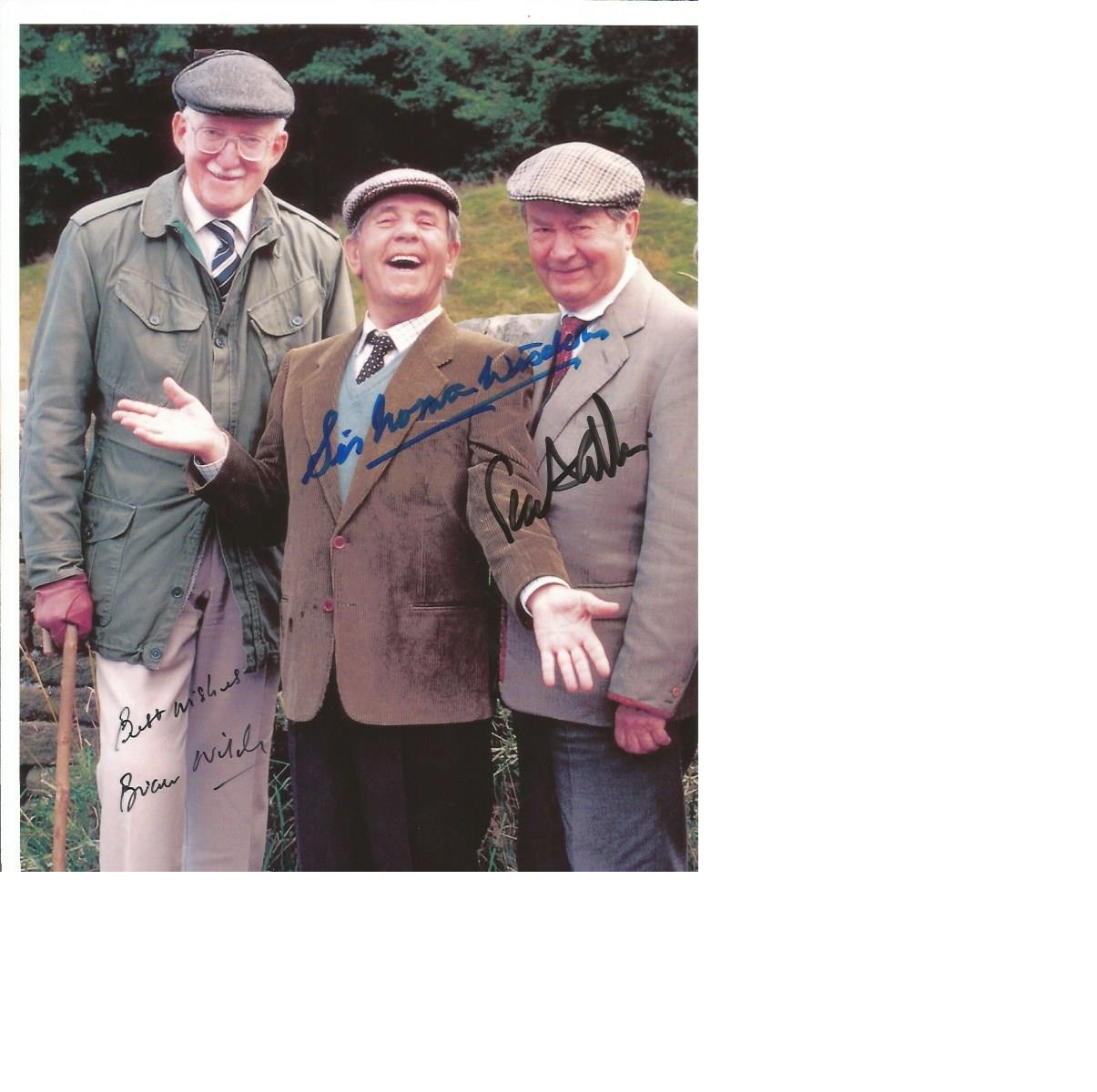 Lot 28 - Norman Wisdom, Peter Sallis, Brian Wilde signed 10 x 8 colour Last of the Summer Wine cast photo,
