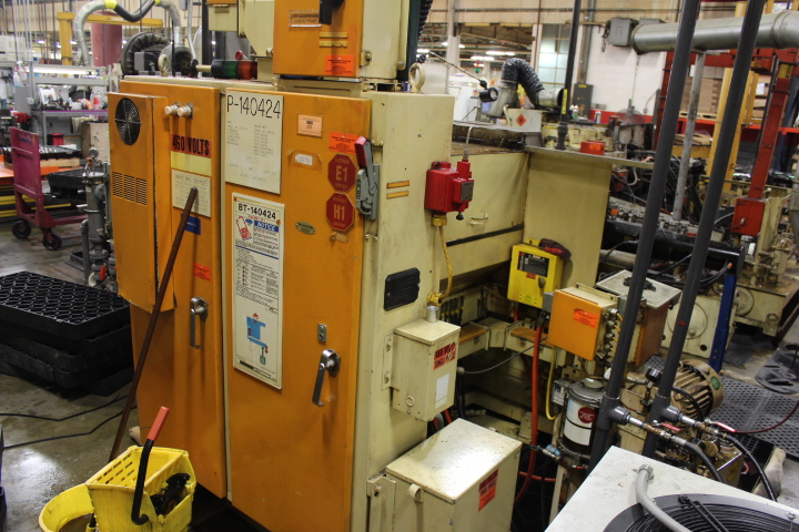 Lot 9 - Drake, Model XLO 39, CNC Internal Thread Grinder