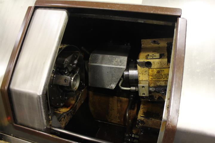 Lot 10 - Drake, Model XLO 39, CNC Internal Thread Grinder