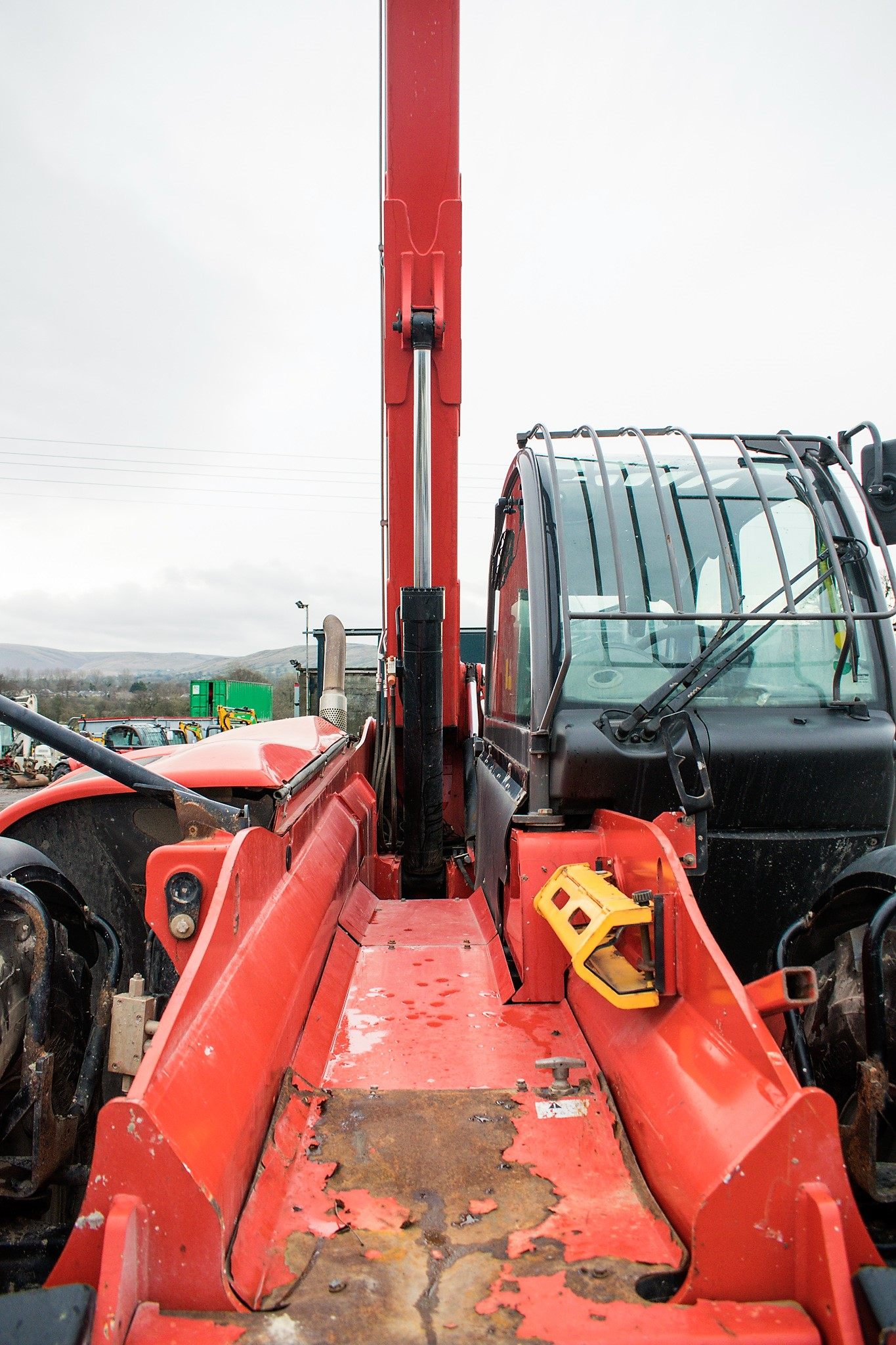Manitou MT1840 18 metre telescopic handler Year: 2014 S/N: 942628 Recorded Hours: 4160 c/w sway - Image 15 of 22