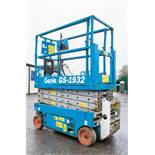 Genie GS1932 battery electric scissor lift access platform Recorded Hours: 268 08830053