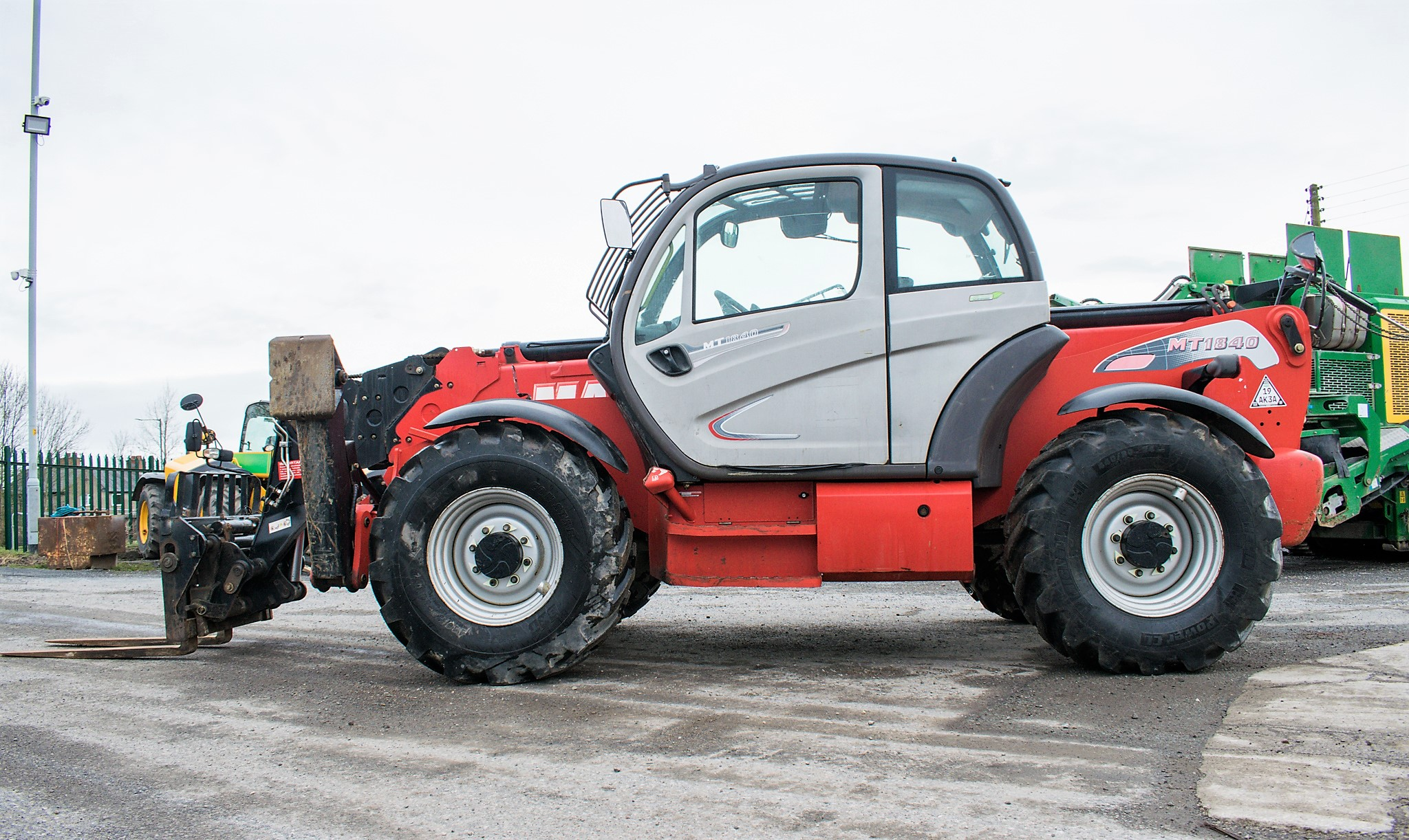 Manitou MT1840 18 metre telescopic handler Year: 2014 S/N: 942628 Recorded Hours: 4160 c/w sway - Image 7 of 22