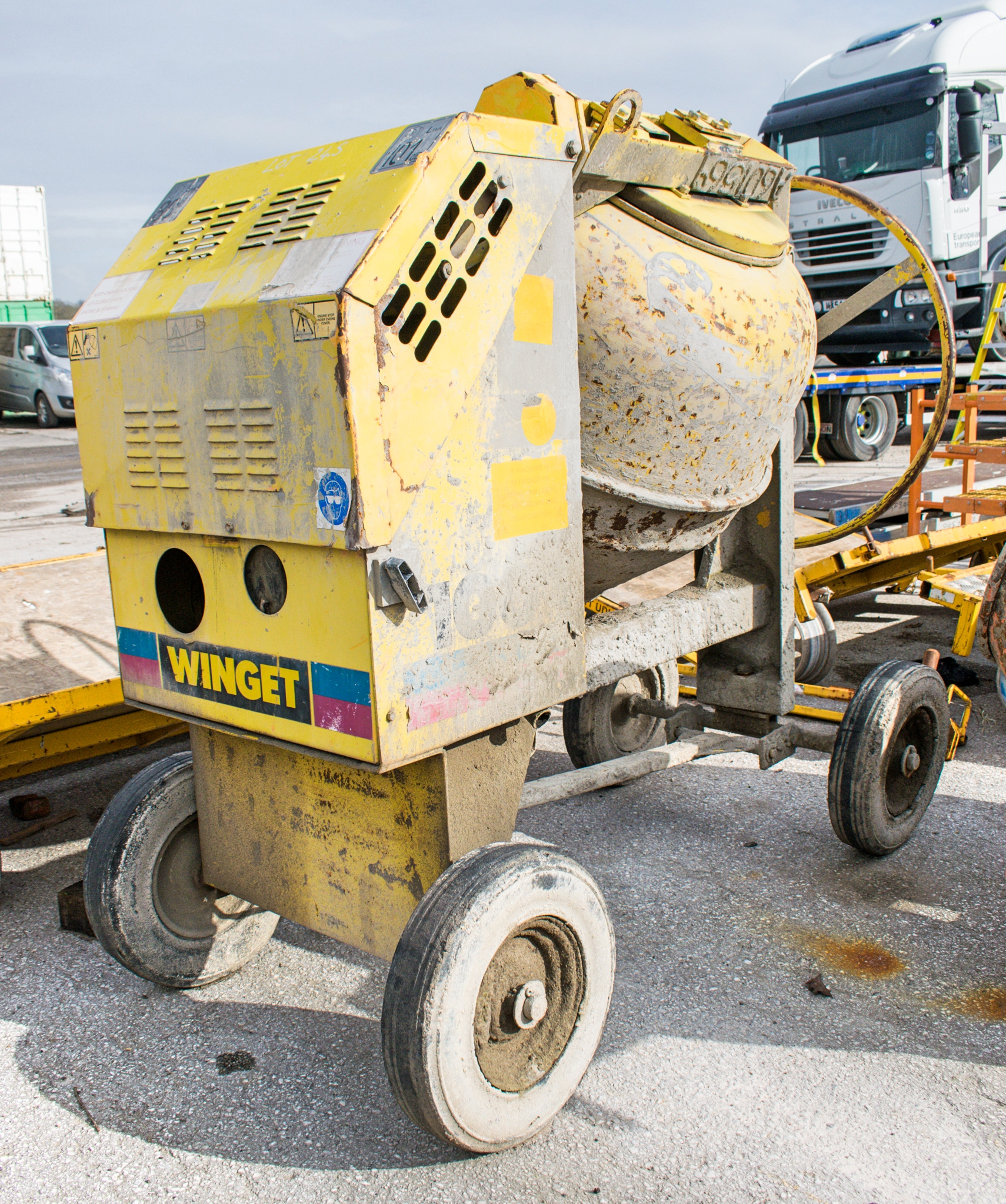 Winget electric start diesel driven site mixer A601569 - Image 2 of 3
