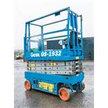 Genie GS1932 battery electric scissor lift access platform Recorded Hours: 325 08830009 ** No