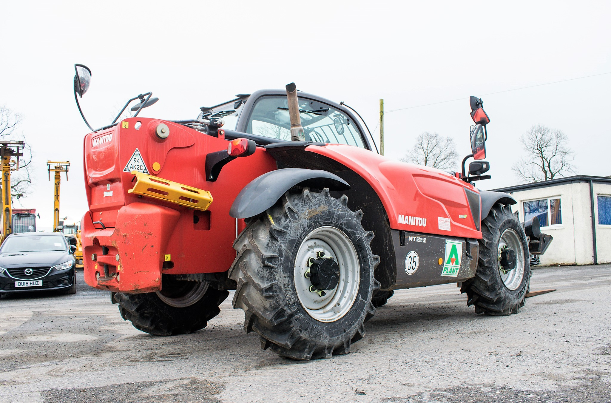 Manitou MT1335 13 metre telescopic handler Year: 2014 S/N: 941567 Recorded Hours: 1907 c/w sway - Image 4 of 22