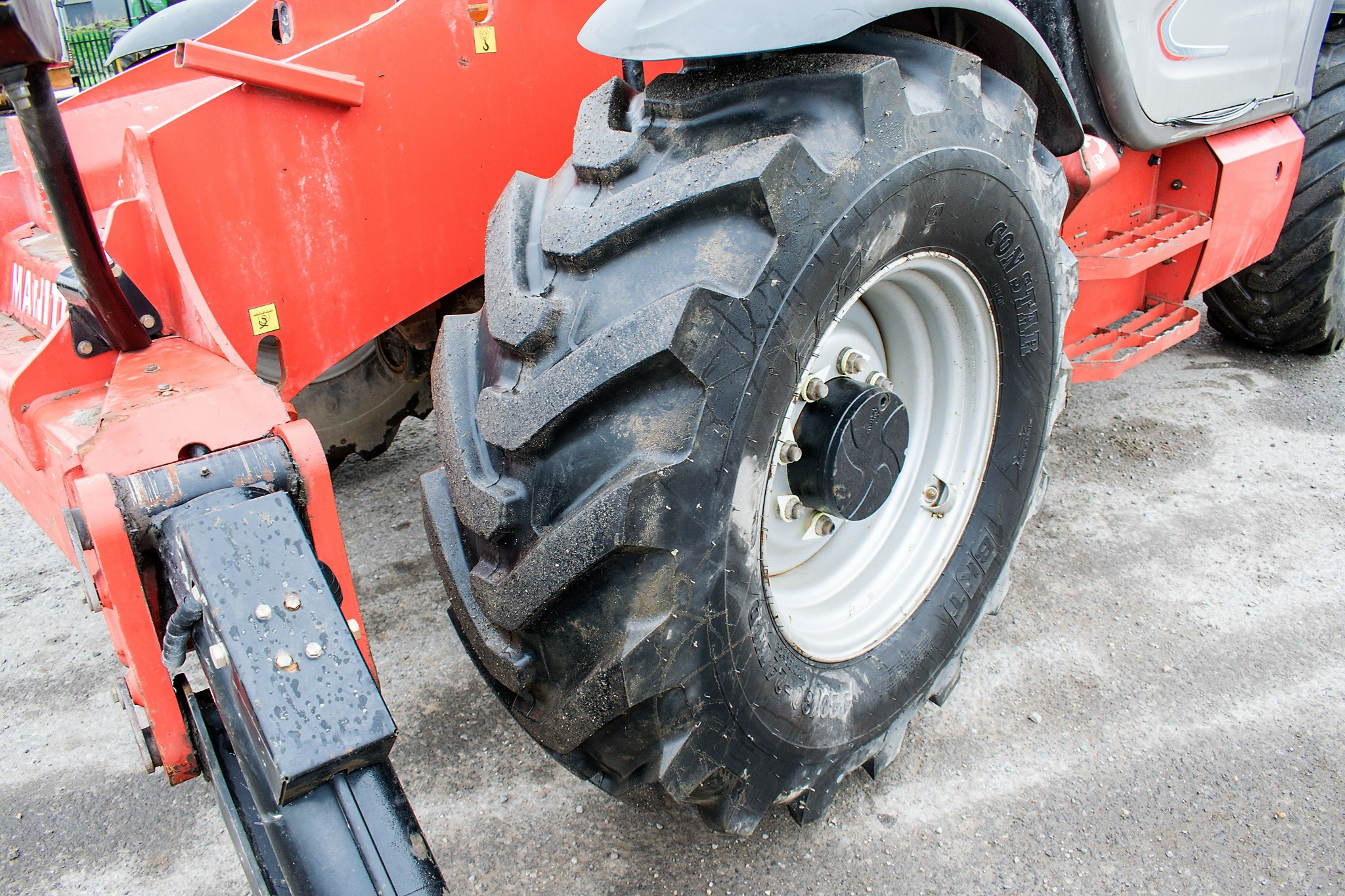 Manitou MT1840 18 metre telescopic handler Year: 2014 S/N: 942628 Recorded Hours: 4160 c/w sway - Image 10 of 22