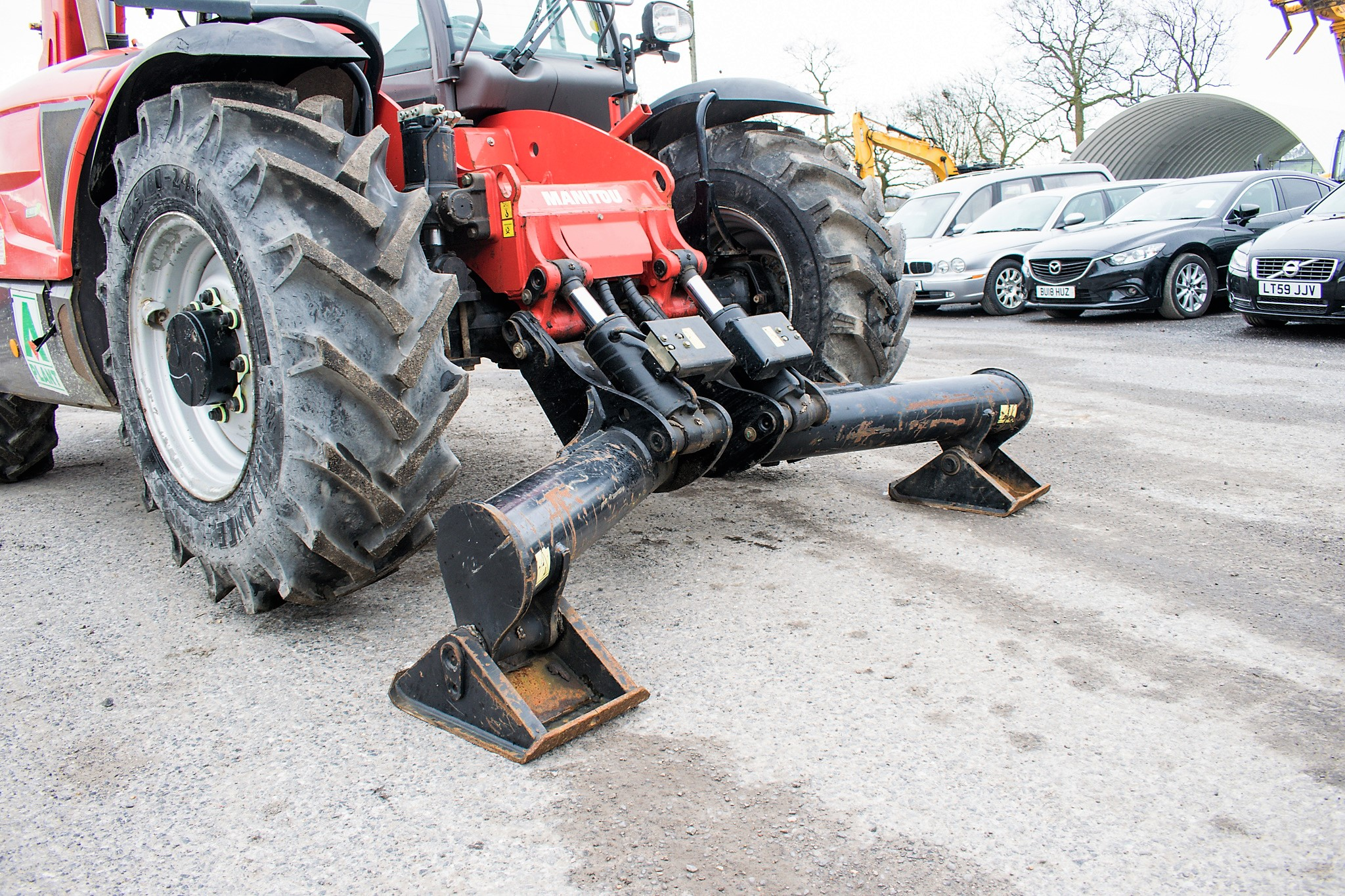 Manitou MT1335 13 metre telescopic handler Year: 2014 S/N: 941567 Recorded Hours: 1907 c/w sway - Image 14 of 22