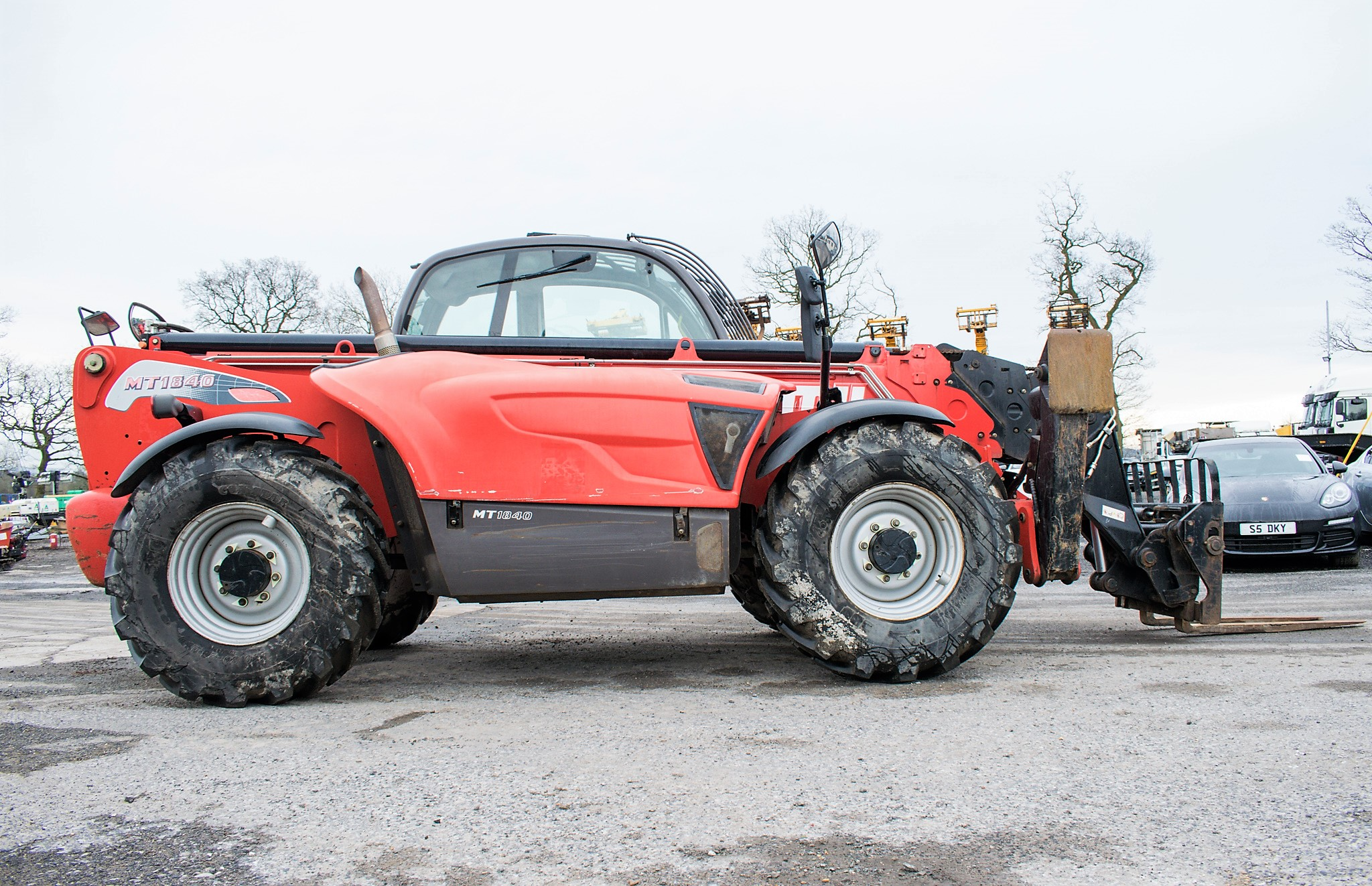 Manitou MT1840 18 metre telescopic handler Year: 2014 S/N: 942628 Recorded Hours: 4160 c/w sway - Image 8 of 22
