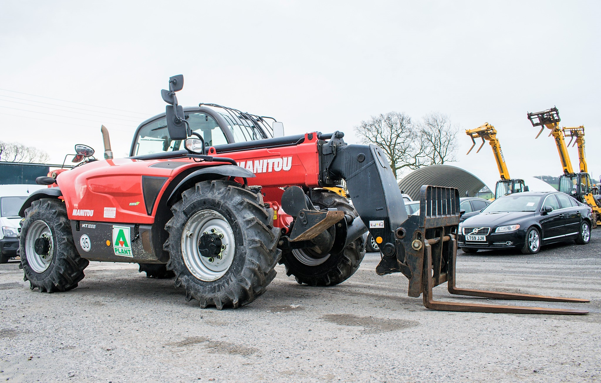 Manitou MT1335 13 metre telescopic handler Year: 2014 S/N: 941567 Recorded Hours: 1907 c/w sway - Image 2 of 22