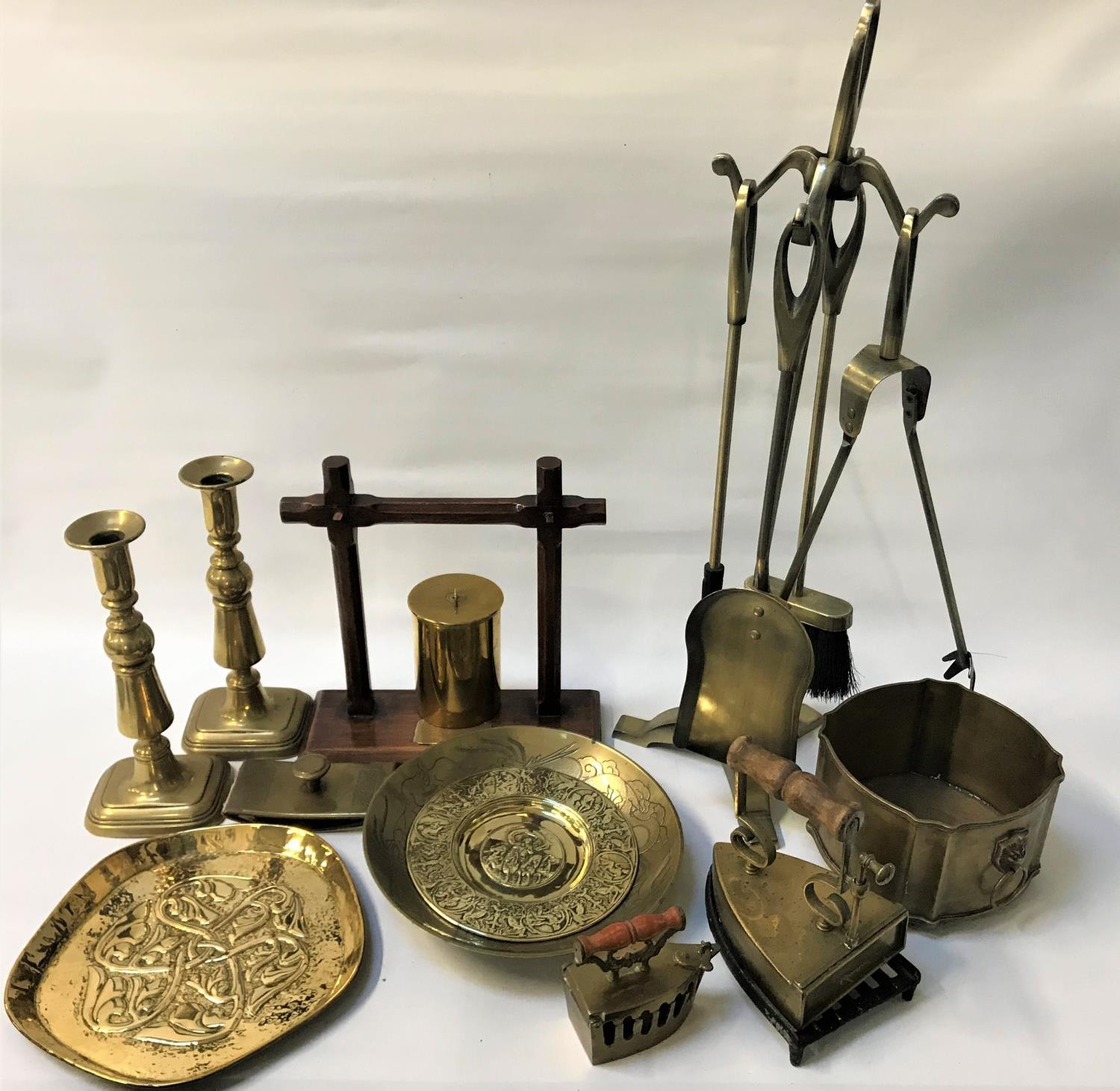 Lot 278 - SELECTION OF BRASSWARE including an Arts and Crafts tray with entwined motif decoration; a fire