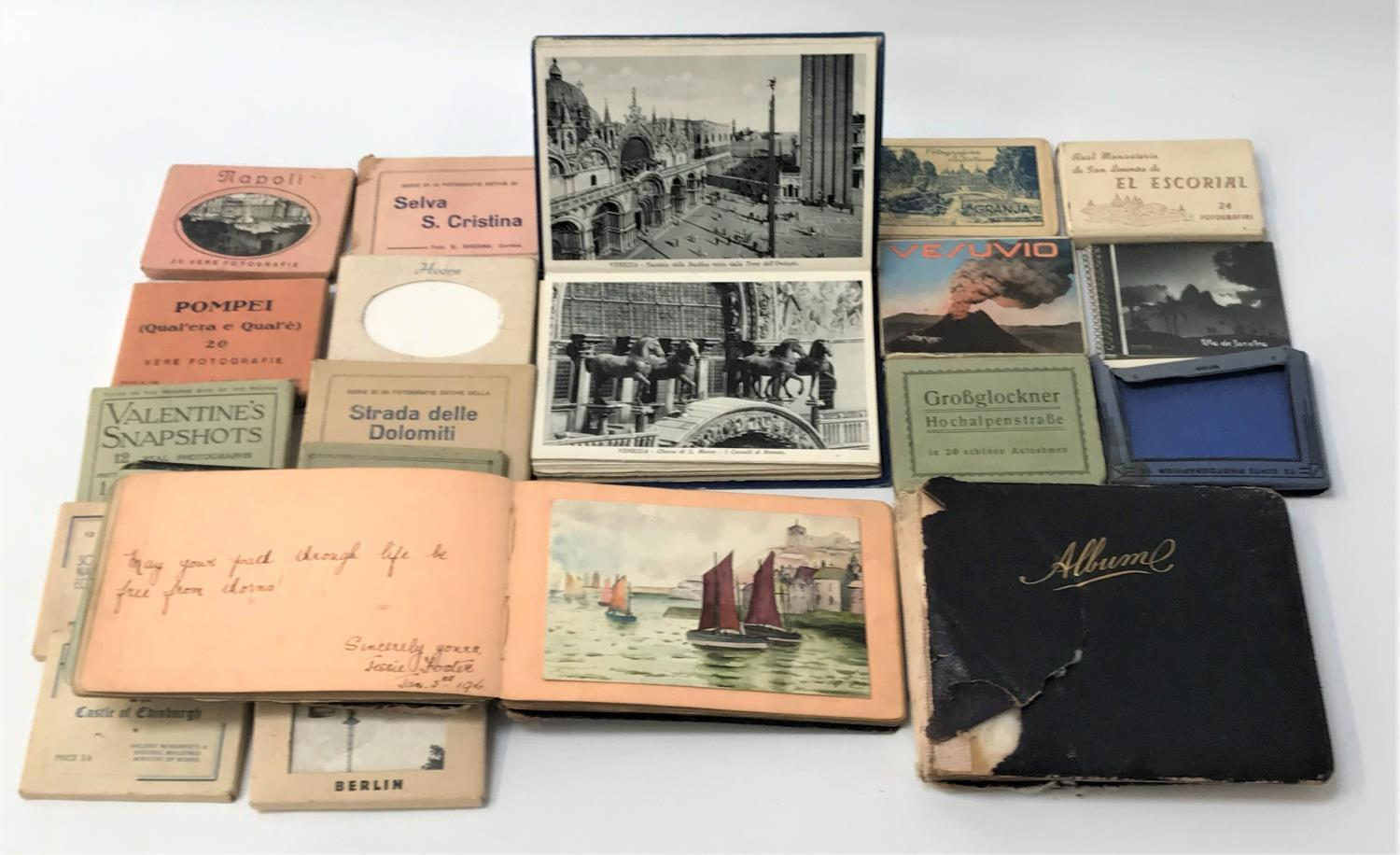 SELECTION OF VINTAGE POSTCARD PACKS including Berlin The Castle of Edinburgh, Toledo, Strada delle