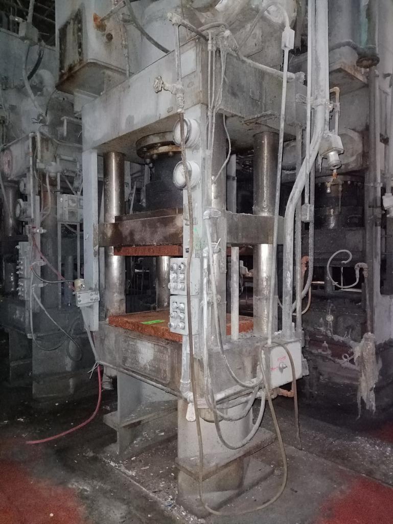 HPM 400T 4-Post Compression Molding Press - Image 5 of 6