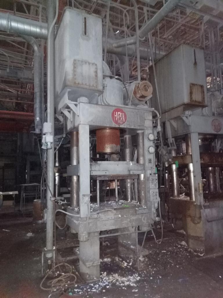 HPM Mdl. HD400R38X30 400T 4-Post Compression Molding Press