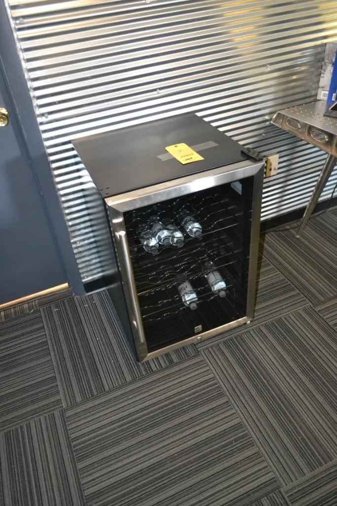Wine Refrigerator with Glass Door