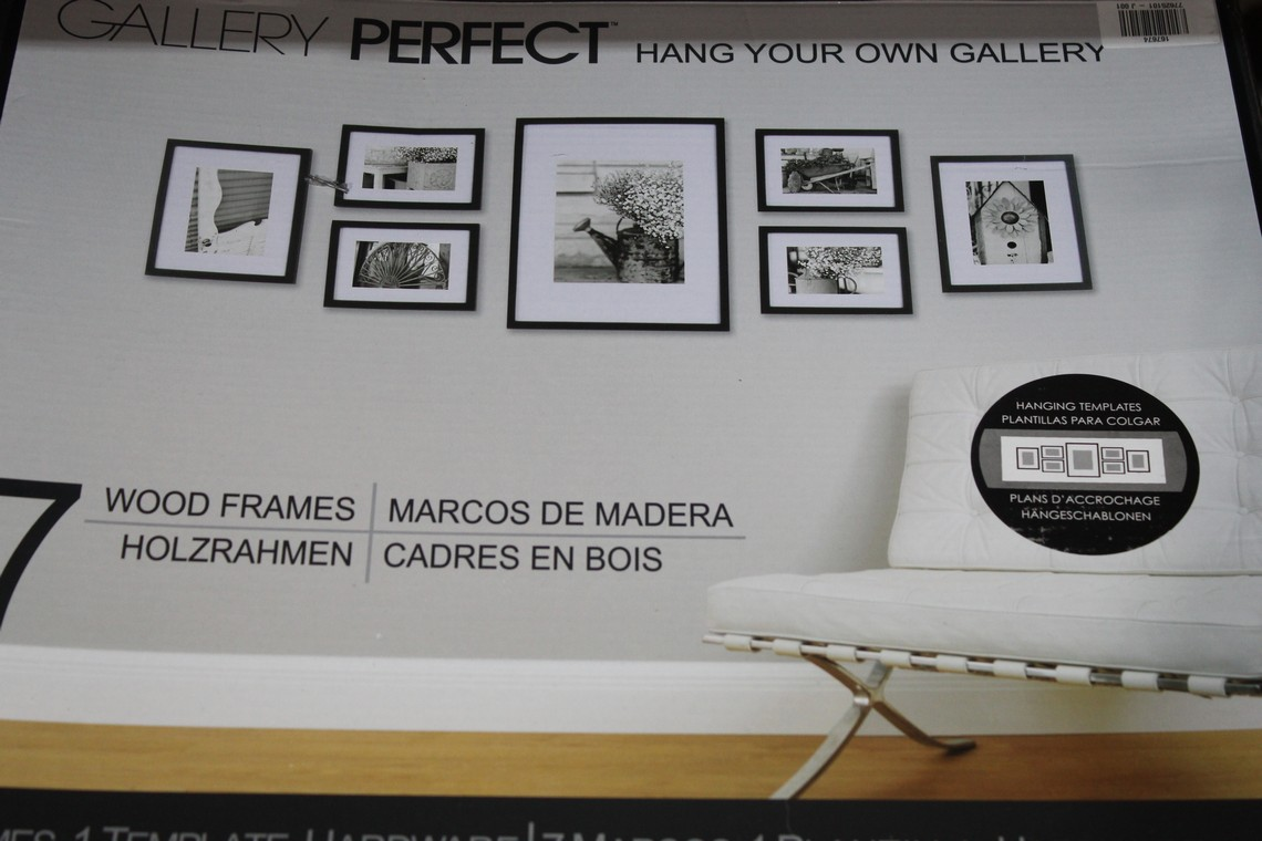 Boxed Gallery Perfect Set of 7 Hang Your Own Picture Frames RRP £60 (167676) (44993467) (100005083)