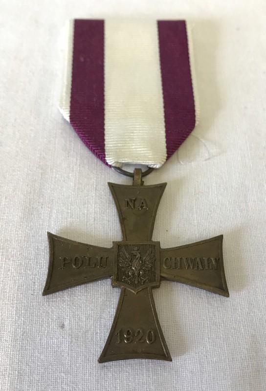 Lot 108 - A Polish Cross of Valour (free forces era).