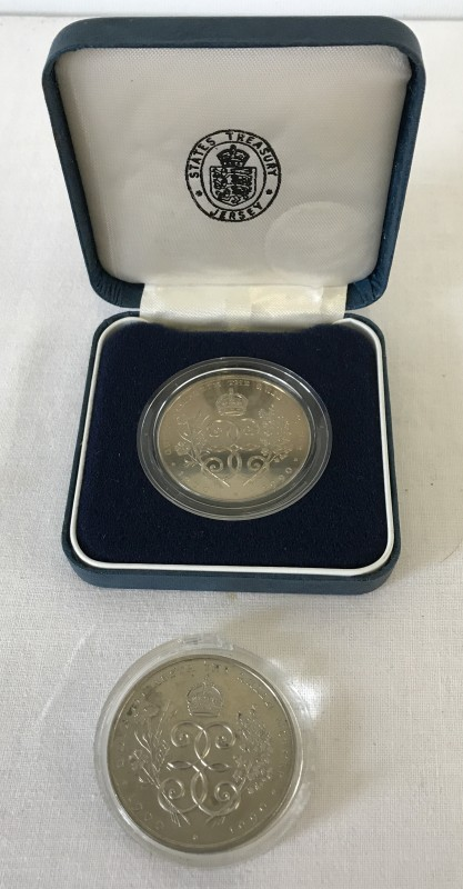 Lot 157 - 2 1990 Bailiwick of Jersey crowns.