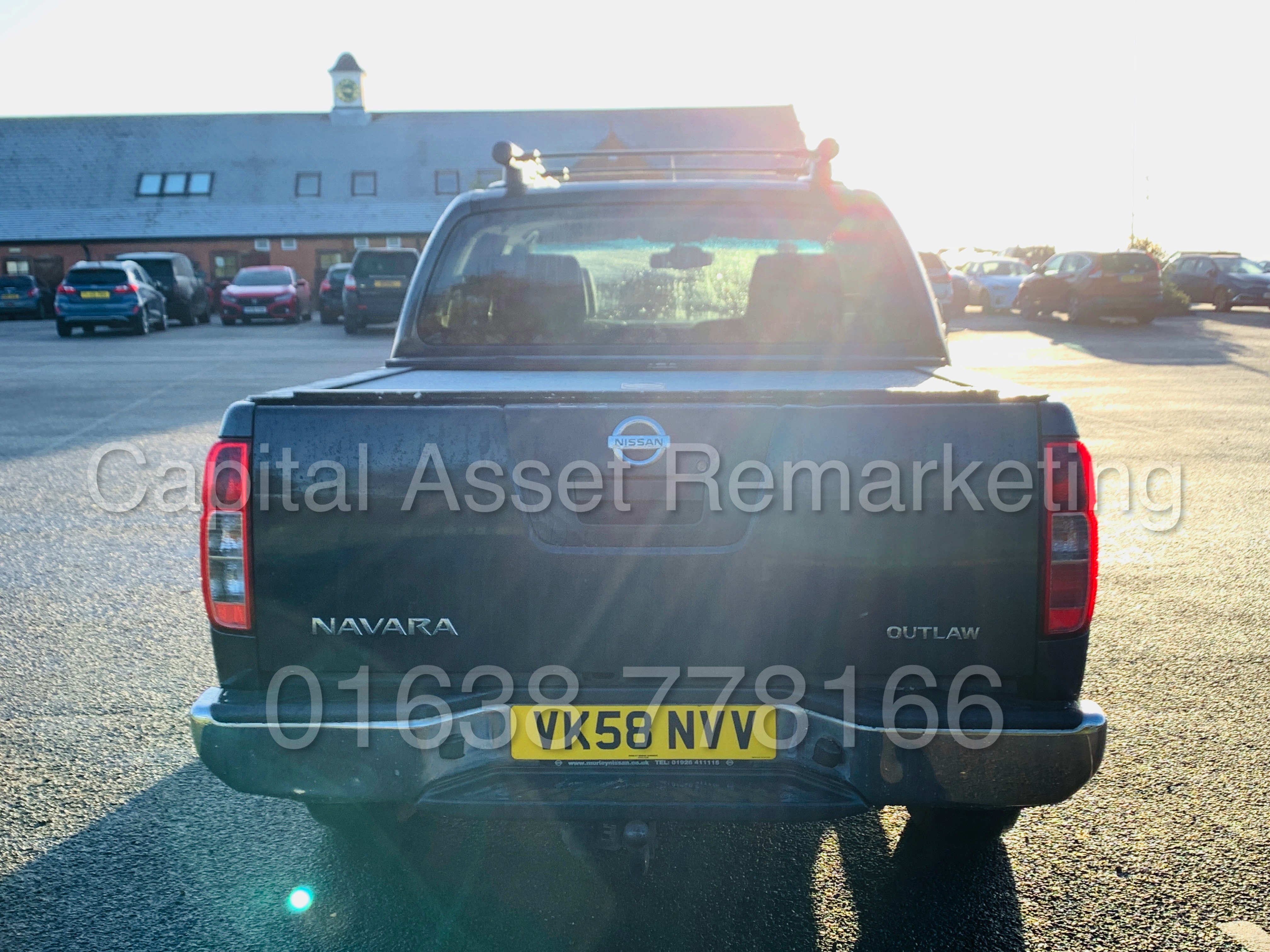 NISSAN NAVARA *OUTLAW* DOUBLE CAB PICK-UP *4X4* (2009) '2.5 DCI-171 BHP- 6 SPEED' *AIR CON* (NO VAT) - Image 8 of 42
