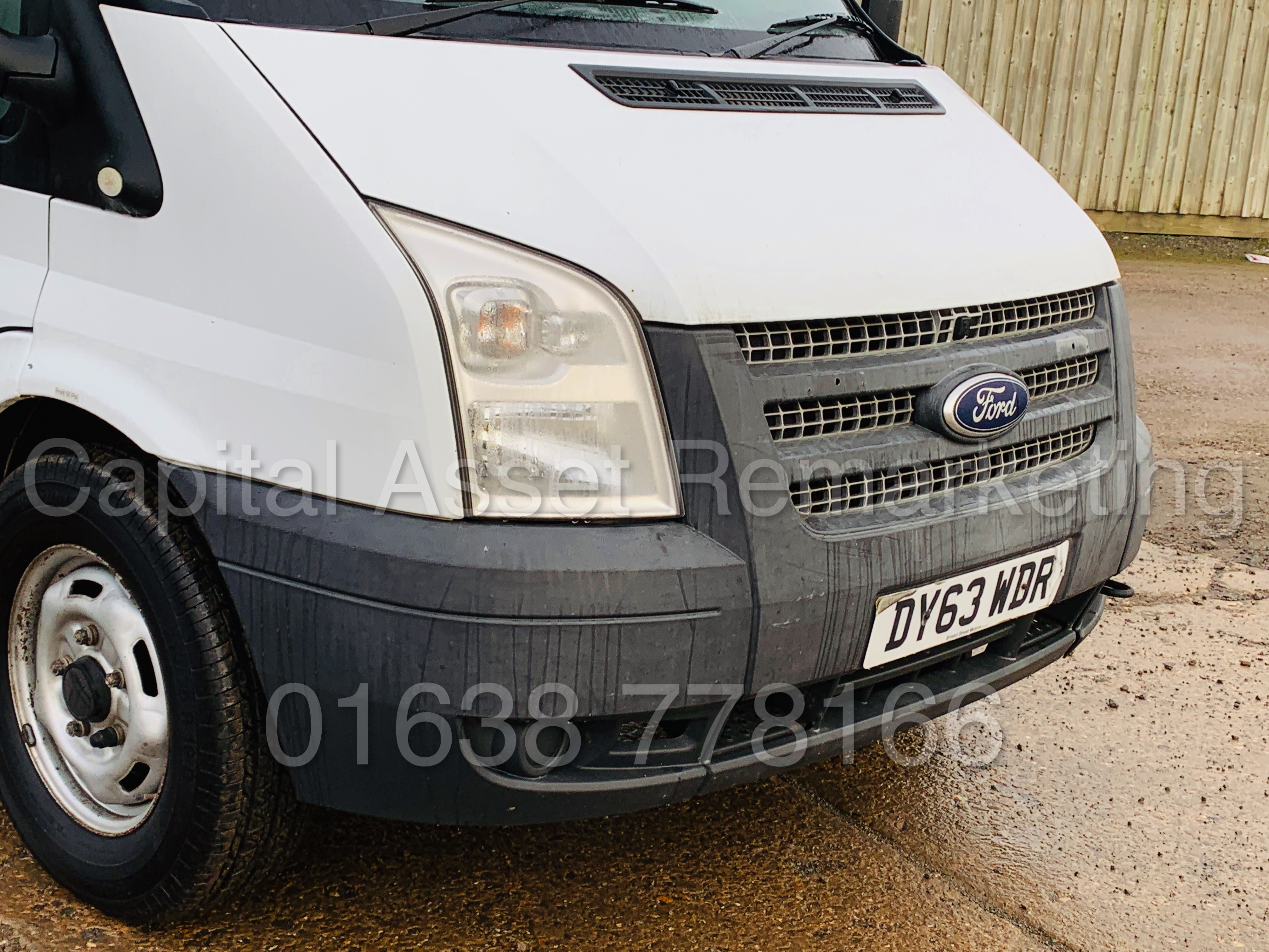 FORD TRANSIT T350 *LWB - 7 SEATER MESSING UNIT* (2014 MODEL) '2.4 TDCI - 6 SPEED' *ON BOARD TOILET* - Image 13 of 44