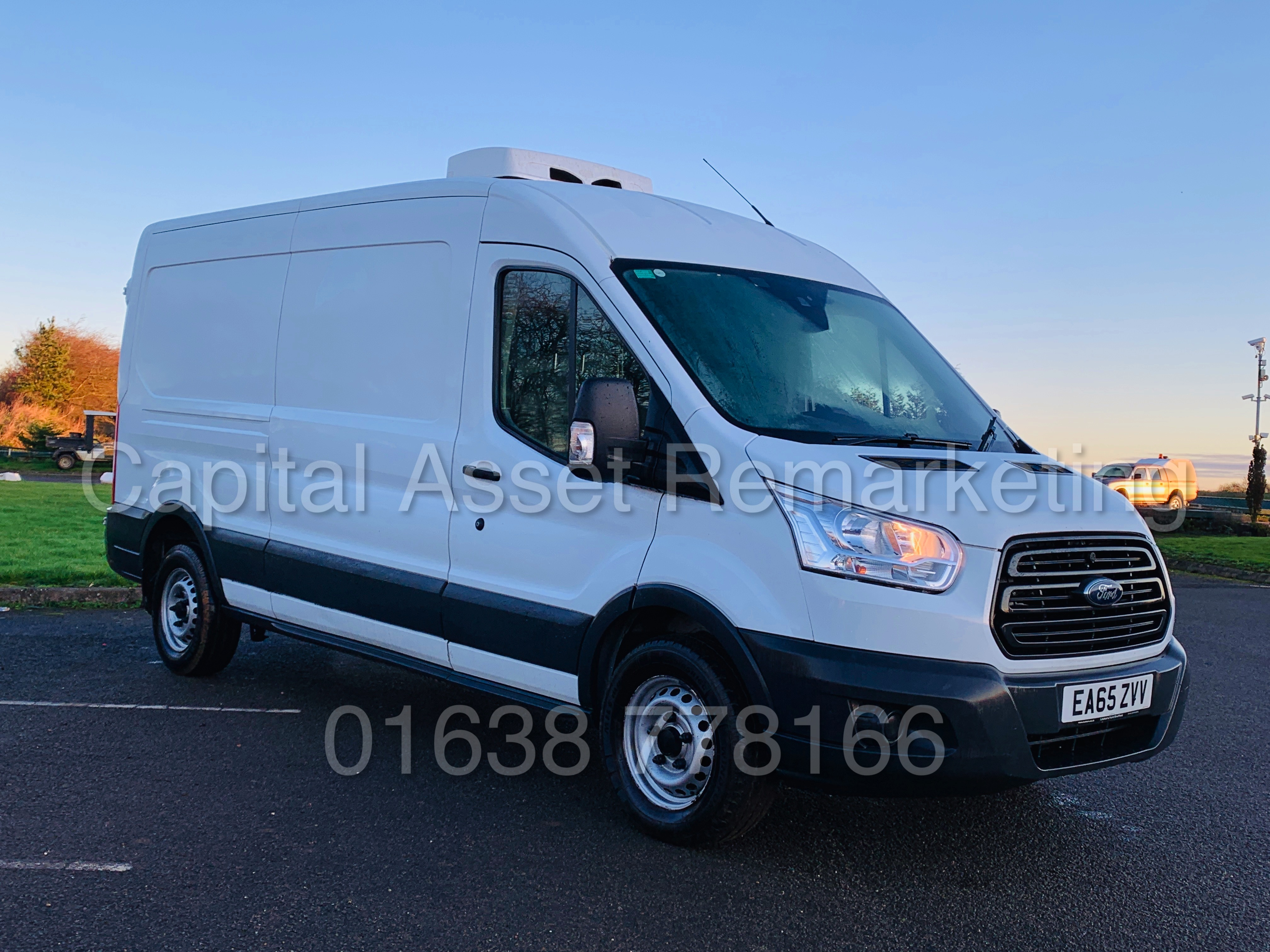 (On Sale) FORD TRANSIT T350 *LWB - REFRIGERATED VAN* (65 REG) '2.2 TDCI -125 BHP- 6 SPEED' (1 OWNER) - Image 3 of 43