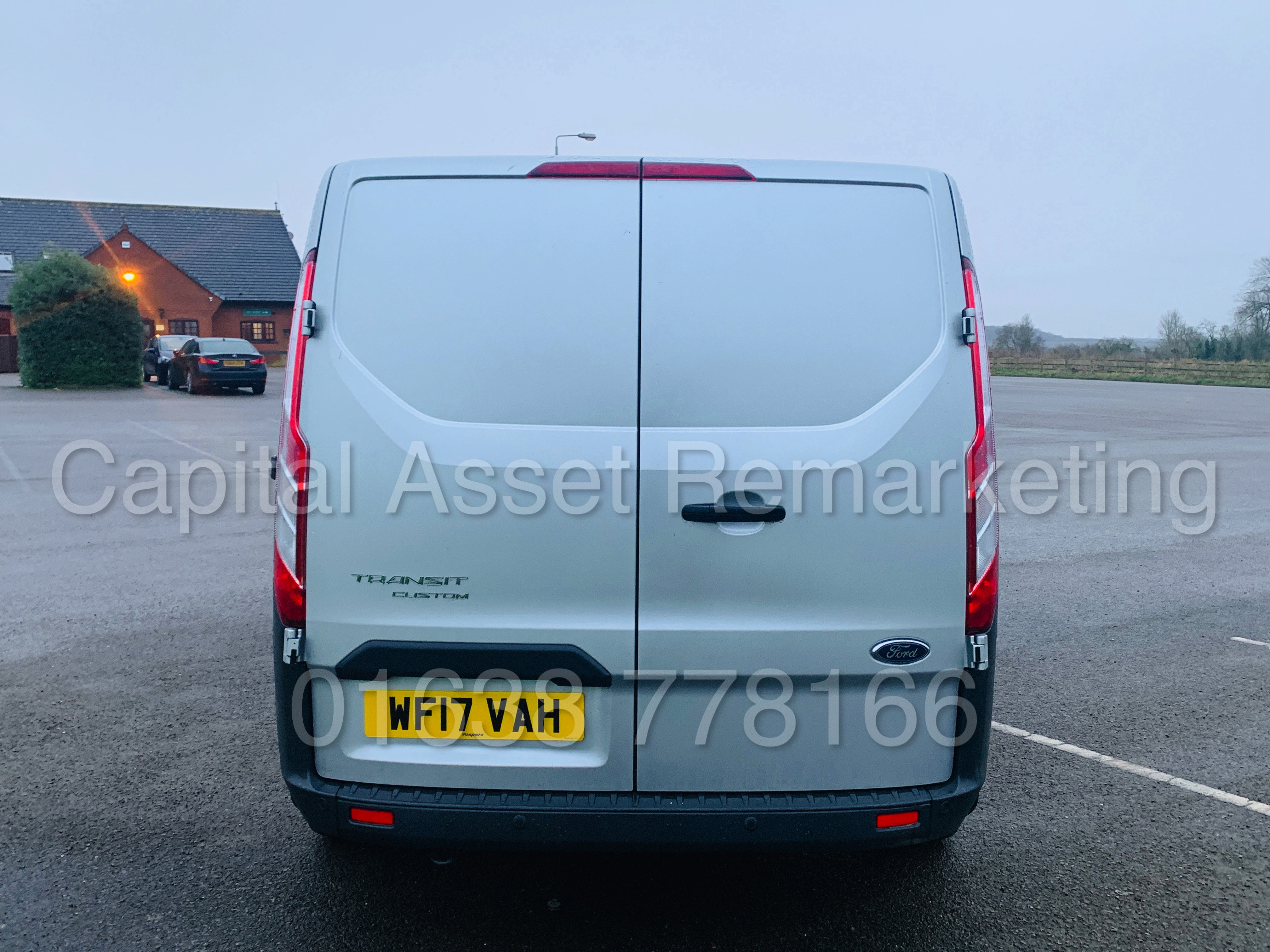 (On Sale) FORD TRANSIT *TREND* 290 SWB (2017 - EURO 6 / AD-BLUE) '2.0 TDCI - 130 BHP - 6 SPEED' - Image 10 of 41