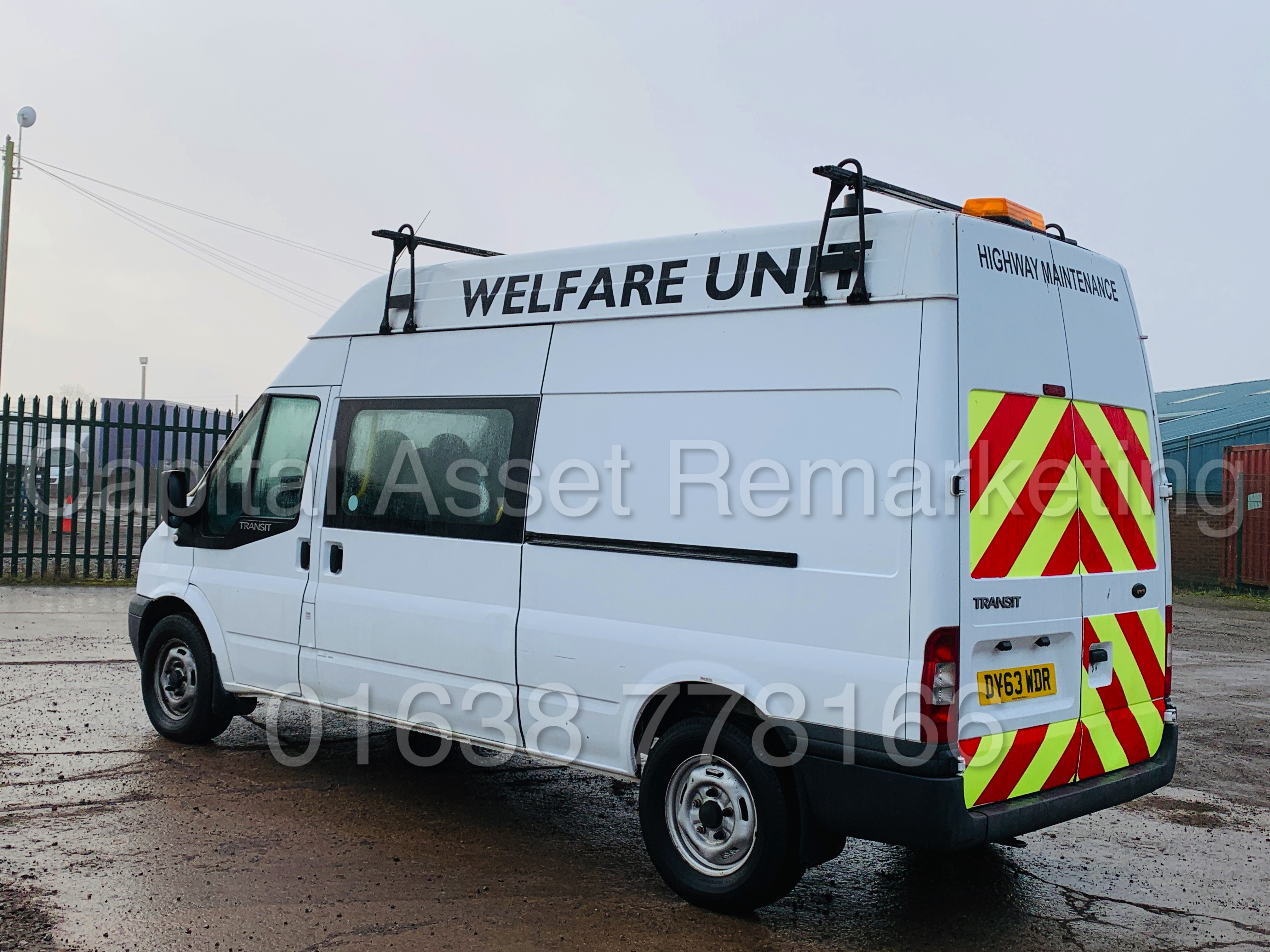 FORD TRANSIT T350 *LWB - 7 SEATER MESSING UNIT* (2014 MODEL) '2.4 TDCI - 6 SPEED' *ON BOARD TOILET* - Image 8 of 44