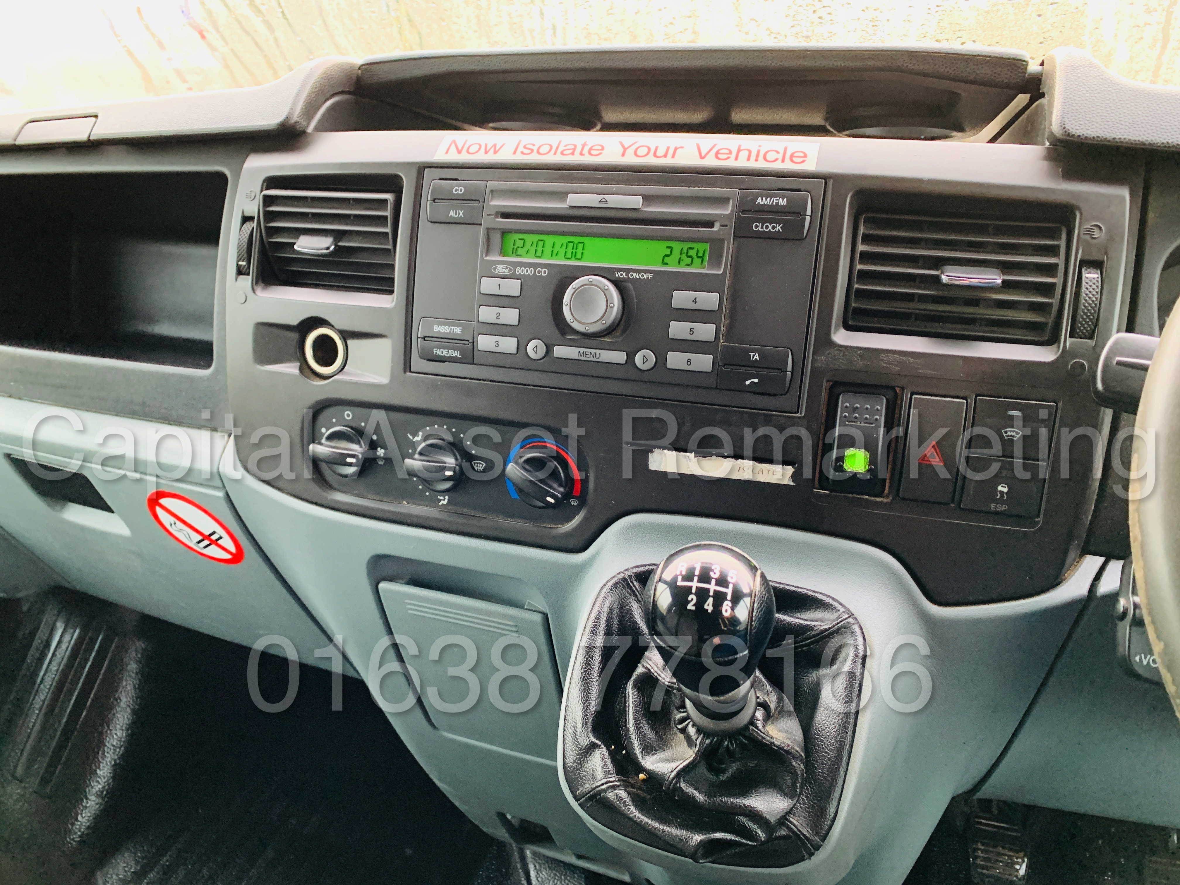 FORD TRANSIT T350 *LWB - 7 SEATER MESSING UNIT* (2014 MODEL) '2.4 TDCI - 6 SPEED' *ON BOARD TOILET* - Image 39 of 44