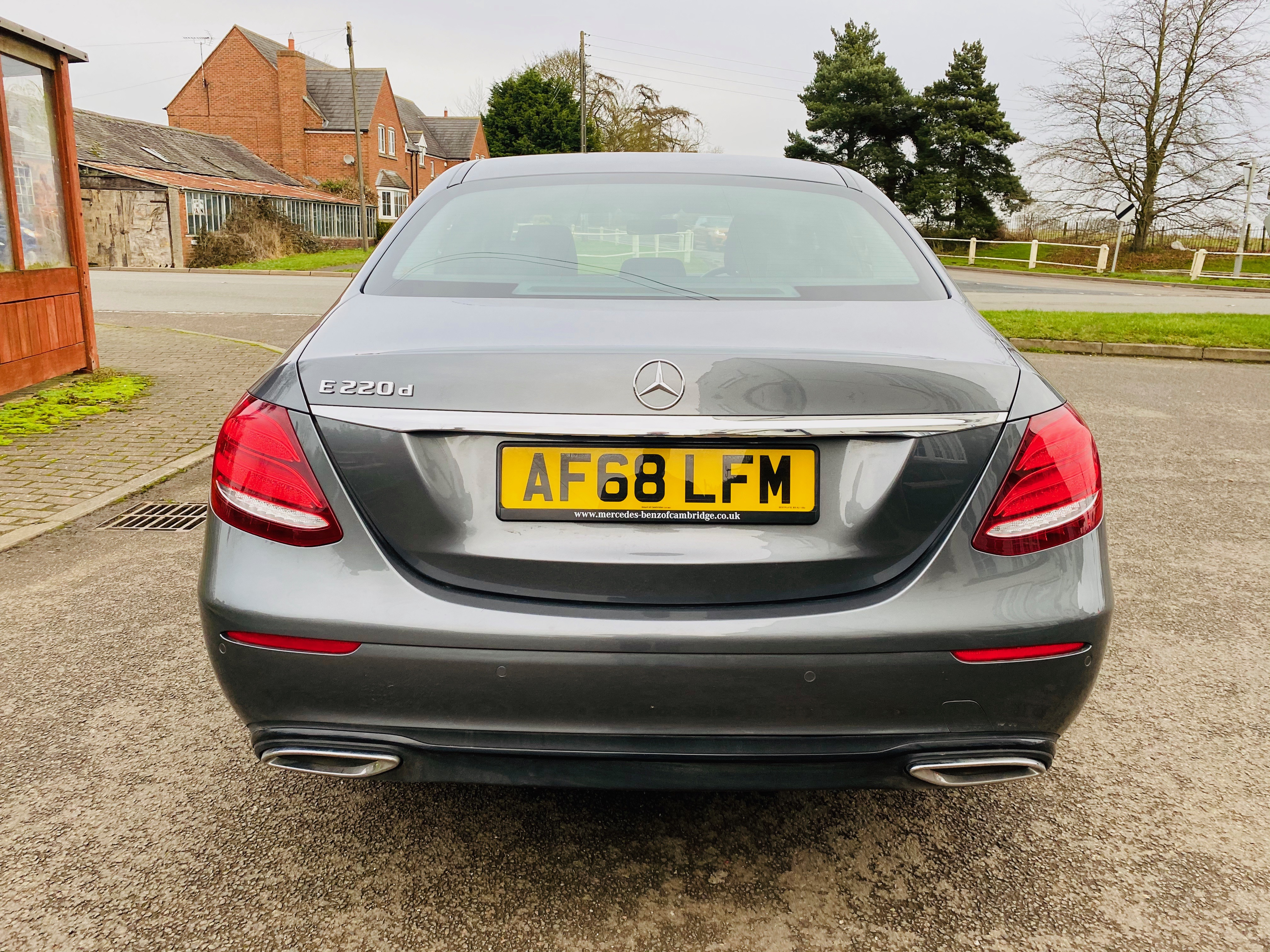 """ON SALE MERCEDES E220d """"SPECIAL EQUIPMENT"""" 9G-TRONIC (2019 MODEL) *GREAT SPEC*SAT NAV - LEATHER - Image 5 of 26"""