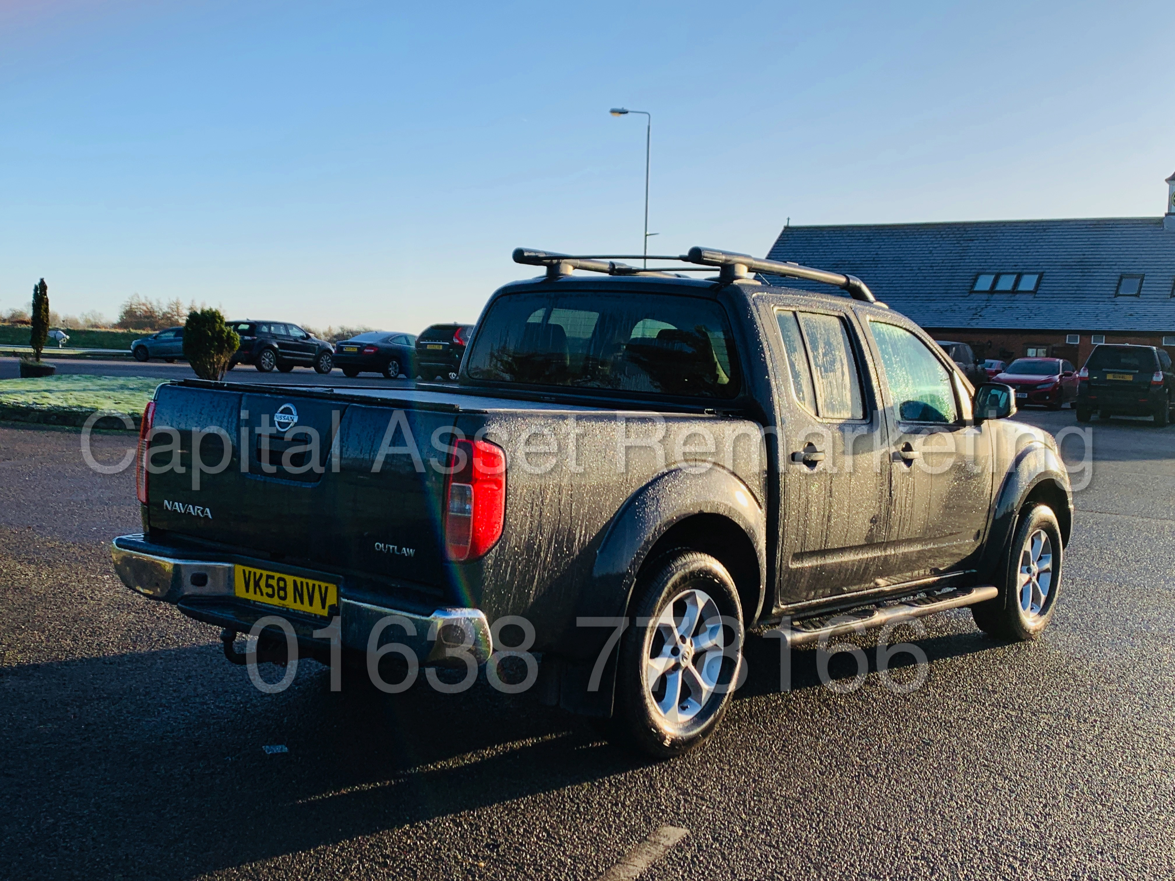 NISSAN NAVARA *OUTLAW* DOUBLE CAB PICK-UP *4X4* (2009) '2.5 DCI-171 BHP- 6 SPEED' *AIR CON* (NO VAT) - Image 9 of 42