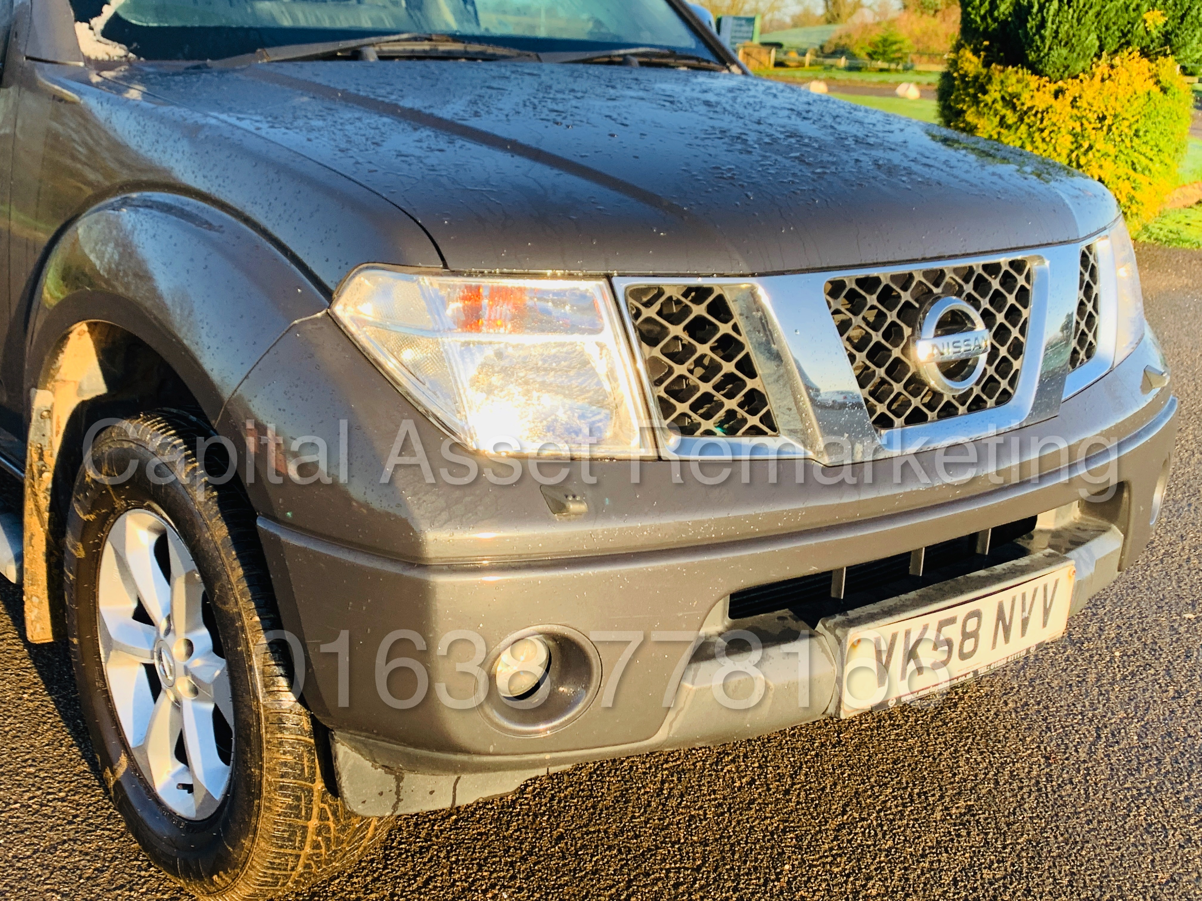 NISSAN NAVARA *OUTLAW* DOUBLE CAB PICK-UP *4X4* (2009) '2.5 DCI-171 BHP- 6 SPEED' *AIR CON* (NO VAT) - Image 14 of 42