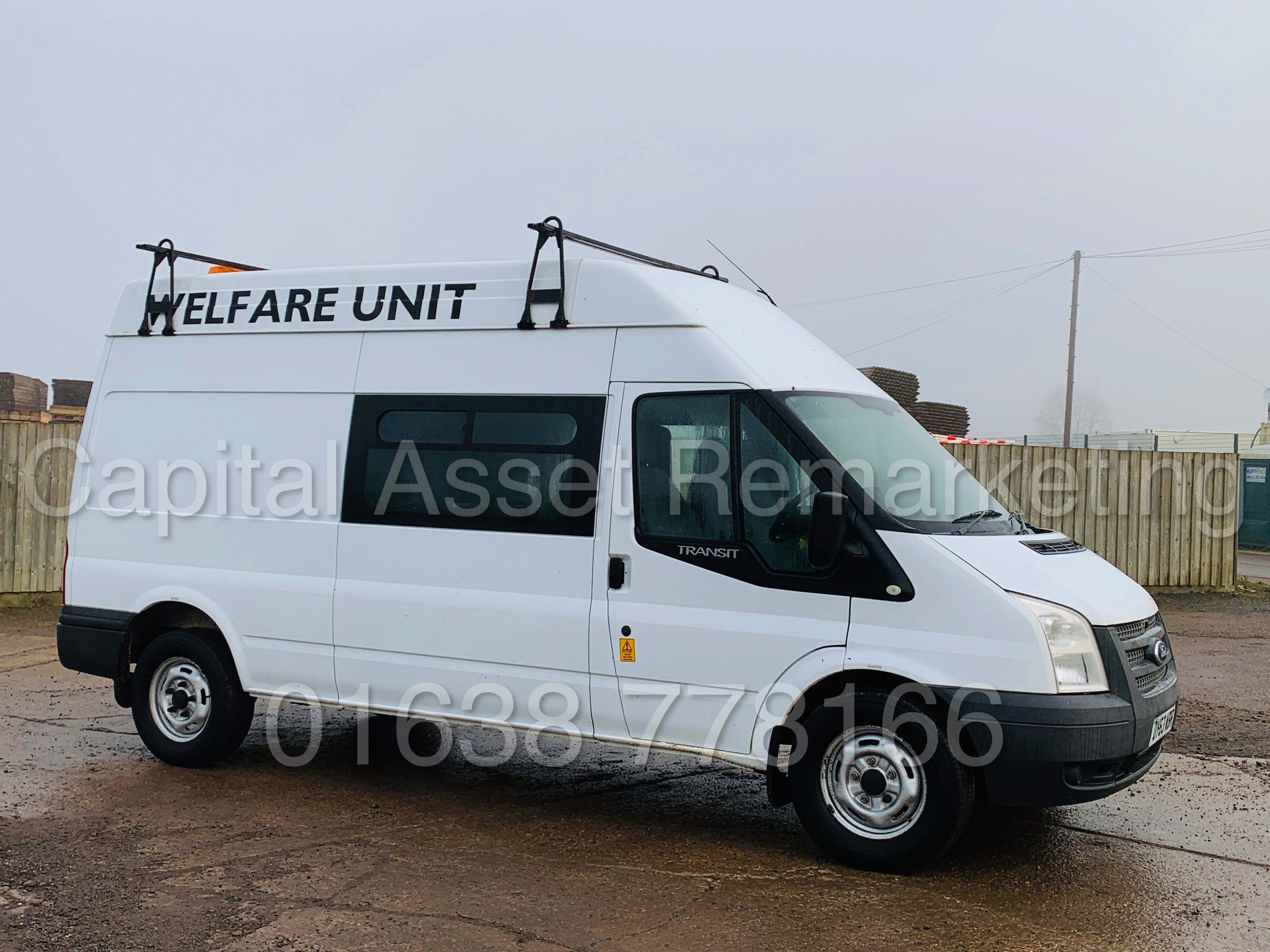FORD TRANSIT T350 *LWB - 7 SEATER MESSING UNIT* (2014 MODEL) '2.4 TDCI - 6 SPEED' *ON BOARD TOILET*